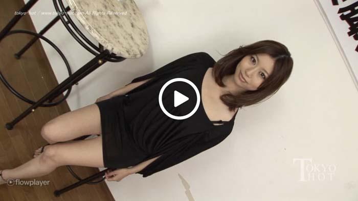 田丸麻紀子 放尿作品