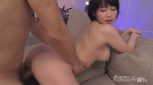 篠田ゆう お尻